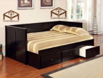 Daybed Hitam